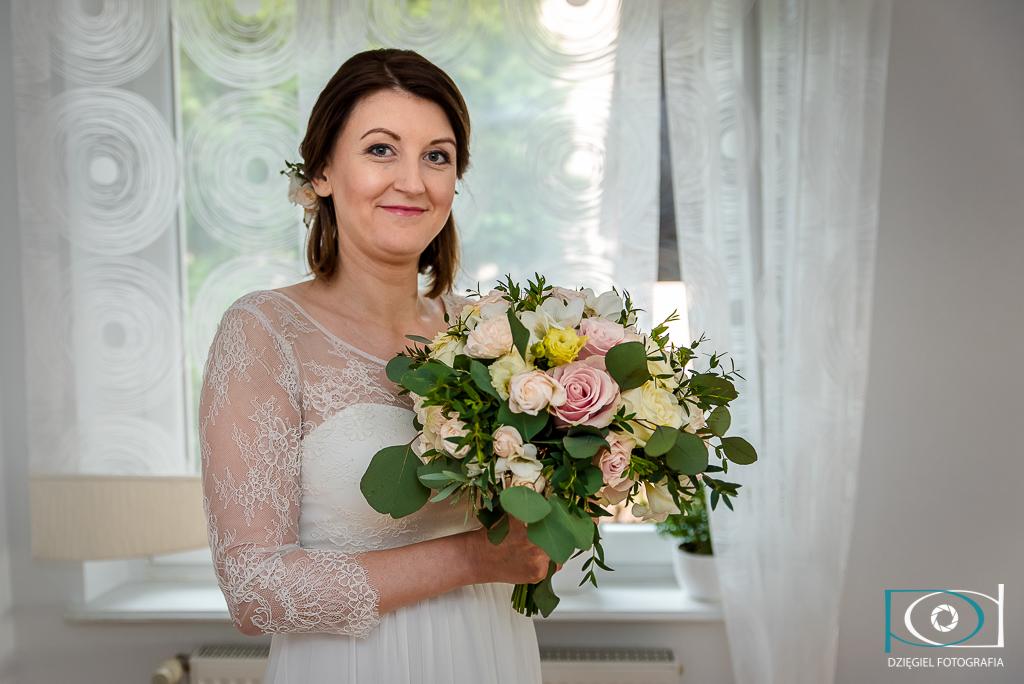 Fotografia ślubna - pani młoda