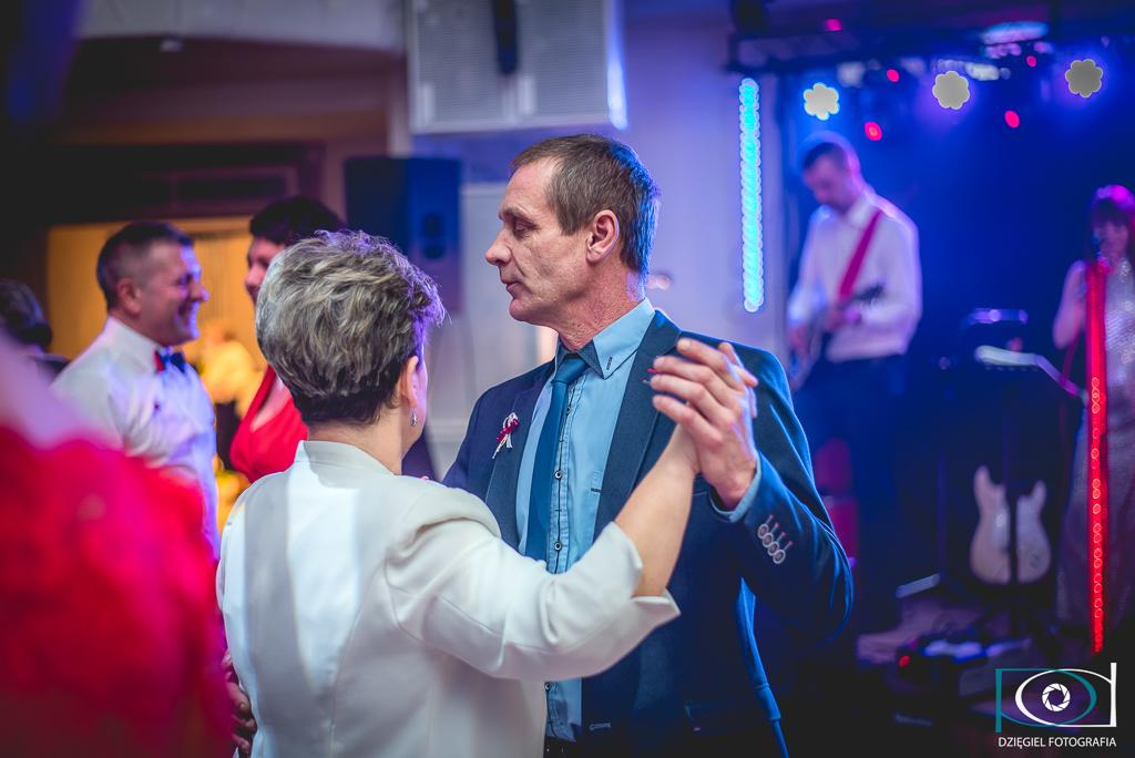 spokojny taniec -wesele