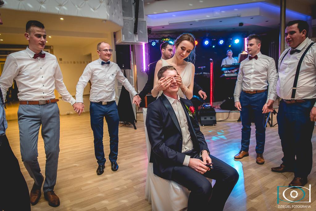 męskie kółeczko- oczepiny wesele