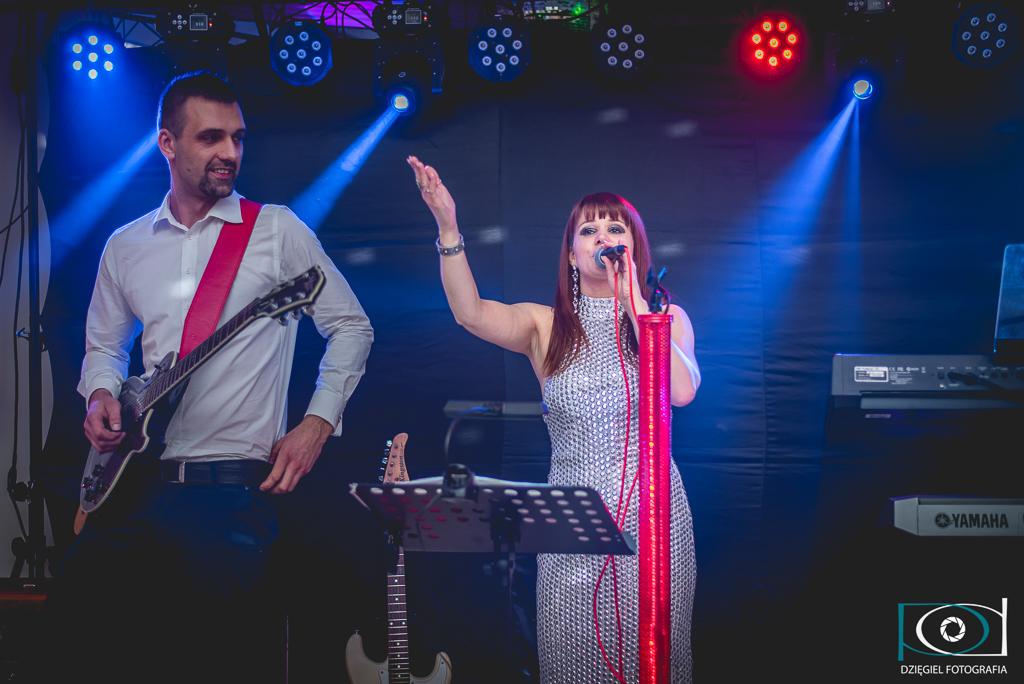 wokalistka -wesele
