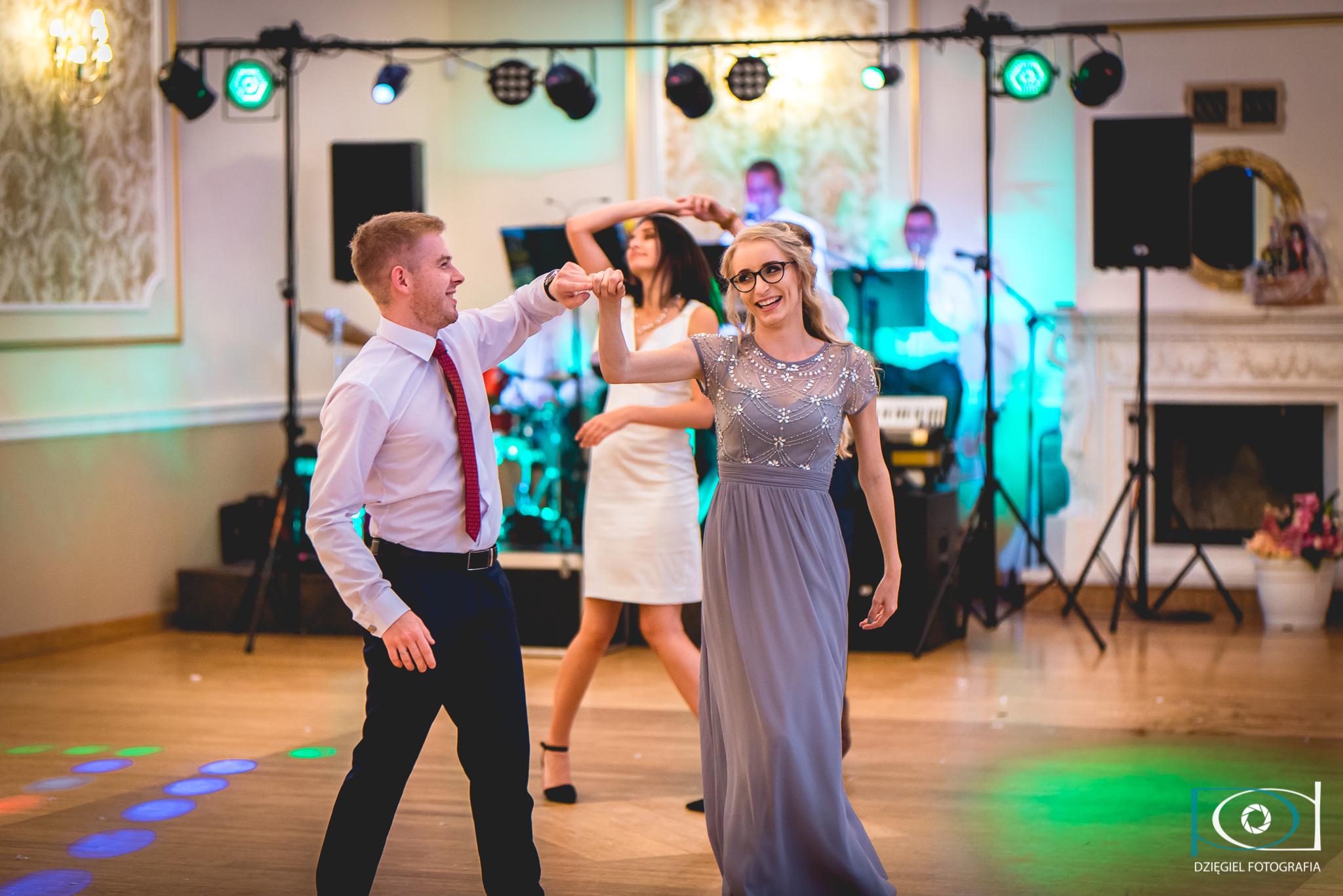 taneczne szaleństwo-wesele